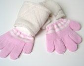 DISCONTINUED - Super Hero Gloves - Ivory and Pink (SMALL) (WOW060612-3)