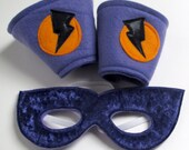 Super Hero Mask and Cuff Set - Purple and Orange (WOW011512-2)