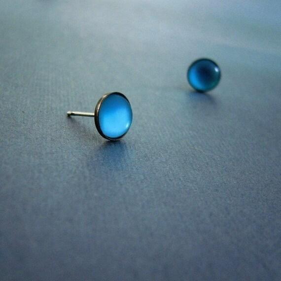 modern lucite post earrings Ocean Depth Blue