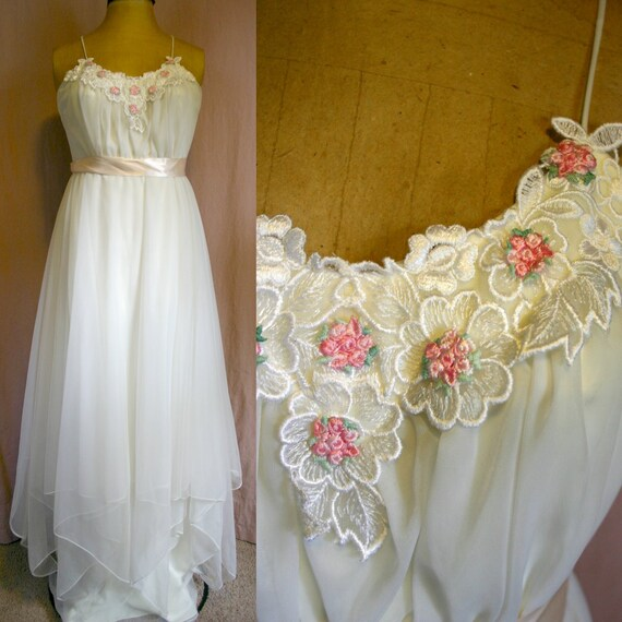 Vintage 70's MAXI Rose Floral Dress - Flowing White Fairy GOWN -xs