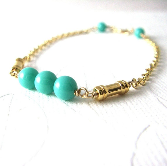 Gold Bracelet / Turquoise Vintage Glass Beads