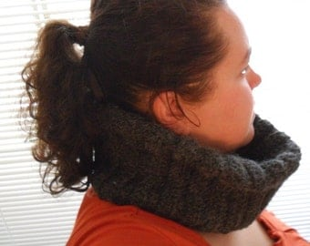 Made to Order - Super Thick and Warm Large Ribbed Alpaca Wool Cowl - International Shipping Available - Great for Fall Fashion