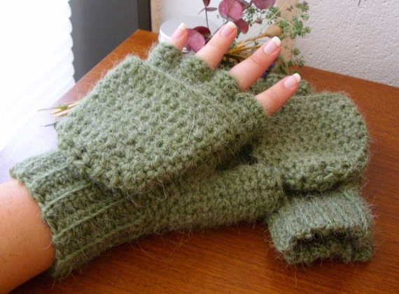 Super Thick and Warm Moss Green Alpaca Wool Crocheted Convertible Fingerless Mittens/Gloves - Olive