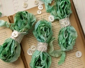 Cabbage Roses Ribbon MACAROON FRANCIAS