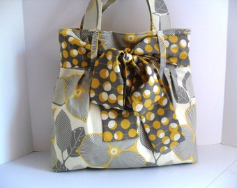 Large Bow Handbag Made of Amy Butler Fabric