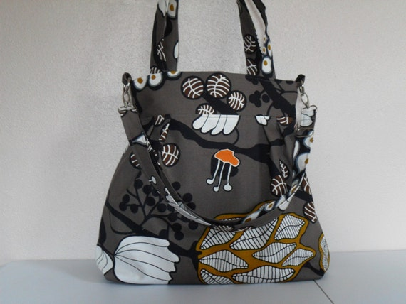 Convertible Handbag in Fig Forest Fabric