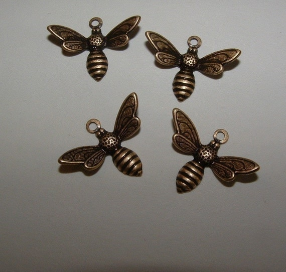 brass ox  over brass honey bee charms drops  (made in the USA) x6