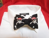 Pirate Skulls bow tie