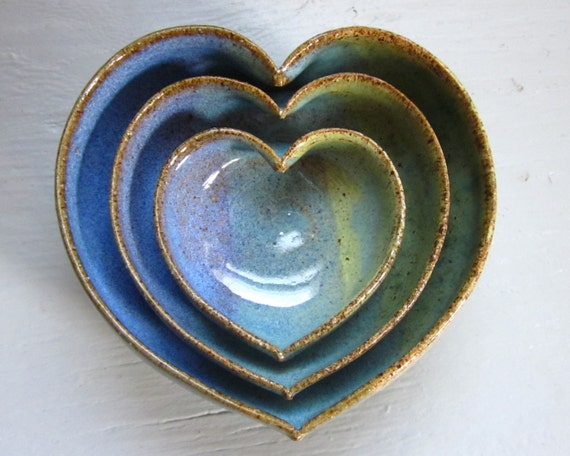 nesting heart bowls ready to ship 3 1/2 heart dishes blue green