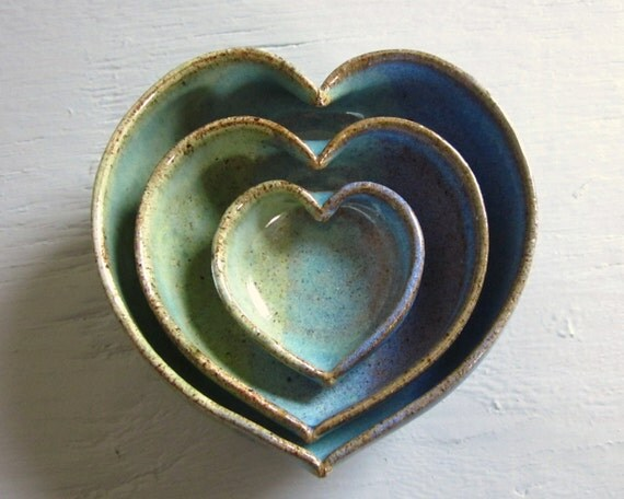 pottery heart bowls nesting dishes miniature small ceramics pottery 4 inches