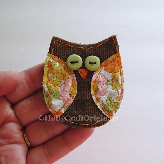 Owl Pin, Fabric Owl Pin, Owl Brooch, Owl Accessory, Fabric Scrap Owl Pin, Fabric Brooch