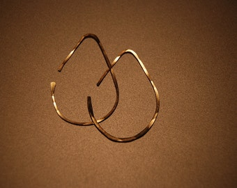 Rounded wire earrings - Gold