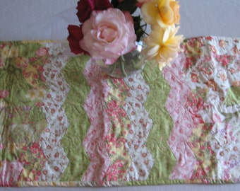 39 Pink and Lime Zigzag Table Runner