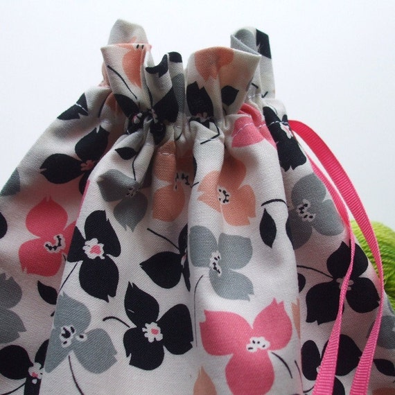 Stella's Project Bag - Feedsack Flowers - New Fabric