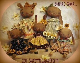 Primitive E-PATTERN Bunny Rabbit Dolls Daisies Flowers