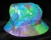 Proud as a Peacock Tye Dye Gilligans Island Bucket Hat Youth Large