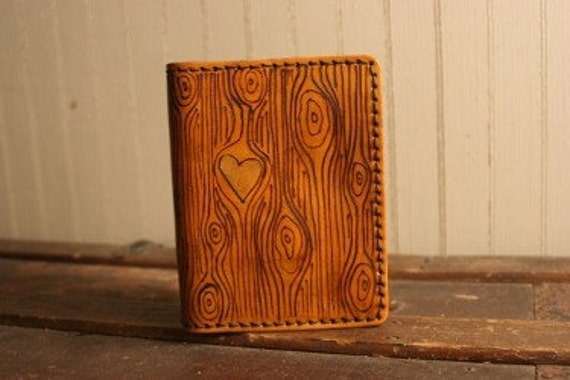 Leather Passport Case - Antique Tan and Gold - Nice Pattern with woodgrain and heart