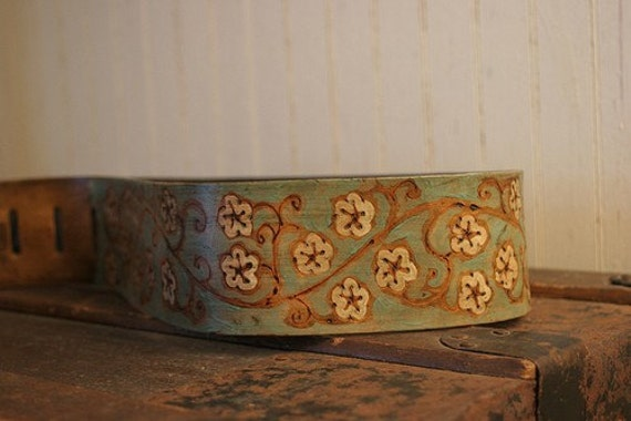 Ginger Guitar Strap - Leather in Sage, White and Antique Brown