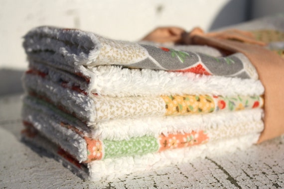 Chenille burp cloths for baby girl, in vintage quilt print flannel and creamy white, chenille baby girl burpcloths, newborn girl gift