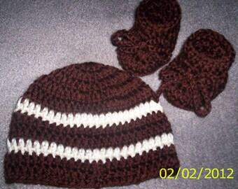 Baby Boy hat beanie  and Booties, Brown, cream Newborn 0-3 months  , Handmade