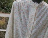 vintage 70s feminine flower printed with lace trim shirt