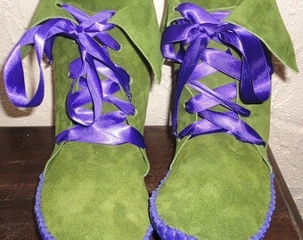 Forest Elf Moss Green Elf Boots/Handmade moccasins purple leather soles satin laces vine detail  order your size