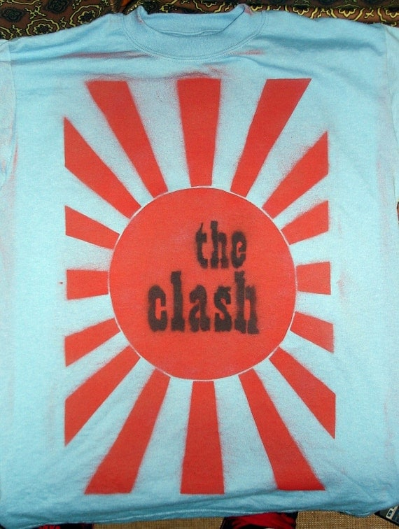 the clash spray paint stencil shirt by lowlevel on etsy. Black Bedroom Furniture Sets. Home Design Ideas