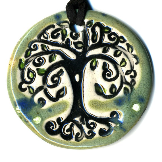Tree Ceramic Necklace in Spotted Green
