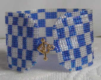 Blue Illusion bracelet