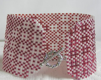 Heart Weave bracelet