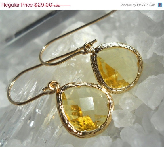 PRE-HOLIDAY SALE Golden citrine quartz earrings