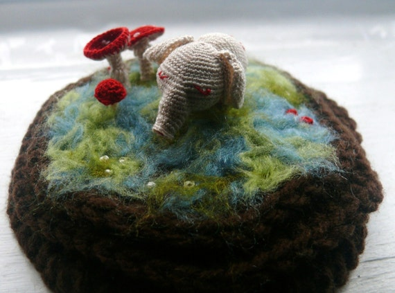 Mini Mushroom Elephant fiber terrarium