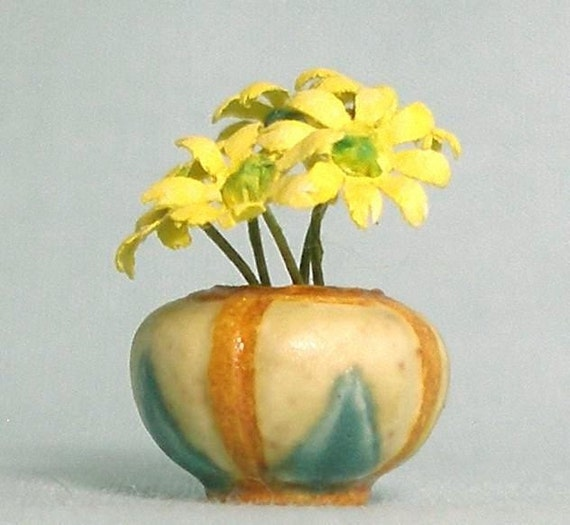 Colorado Miniature Vase in Arts and Crafts style