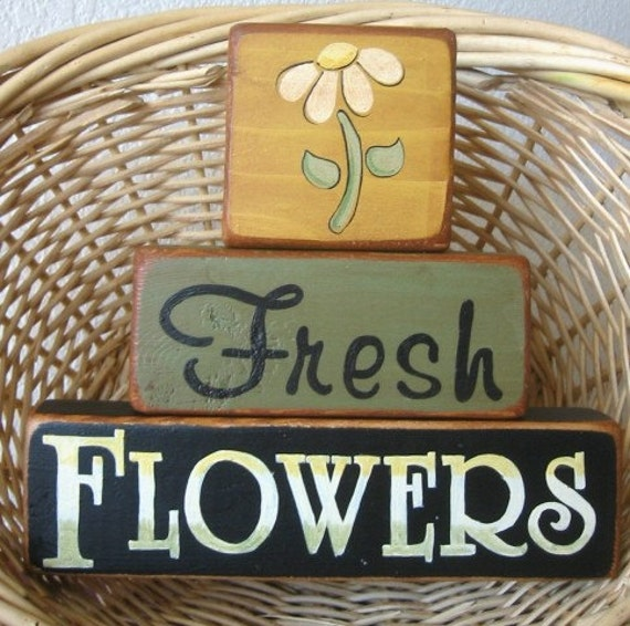 Country Decor, Shelf Sitter, Wood Shelf Stacker Blocks Primitive Home Decor - Fresh Flowers