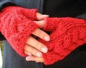Red cabled arm warmers