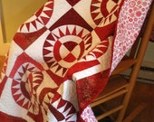 Lap or Twin Quilt New York Beauty In Red And White