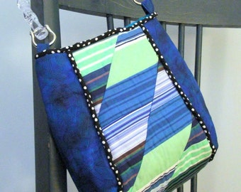 Little Bag in Blue With Quilted Design