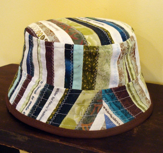 Selvage Bucket Hat in Green and Brown