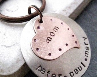 Personalized heart keychain, request customization in notes to seller, Mother's Day Gift, mommy keychain, personalized mom's keychain