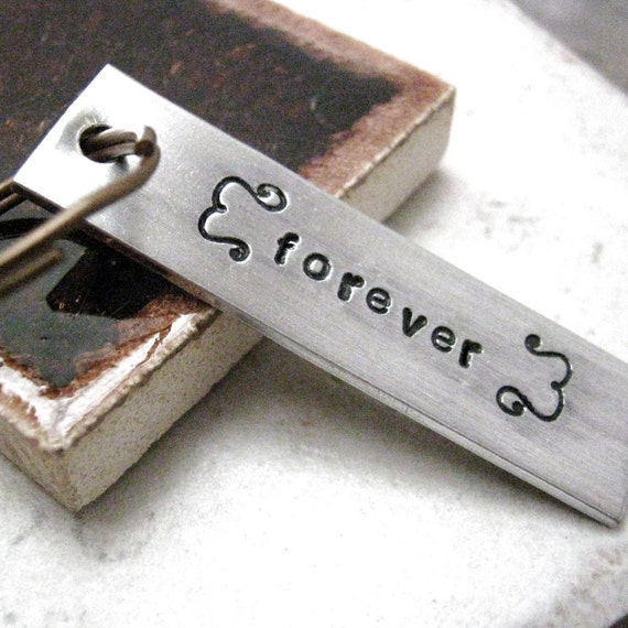 Forever Keychain, alum bar, Valentine keychain, Valentine's Day gift, gift for wife, gift for husband, couples keychain, put date on back