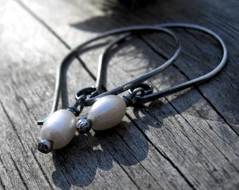 Fresh water pearl sterling silver dangle earrings