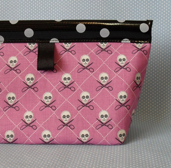 Crafty Skull Oilcloth Snappy Pouch