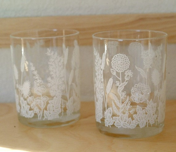 Vintage Drinking Glasses - Set of 2