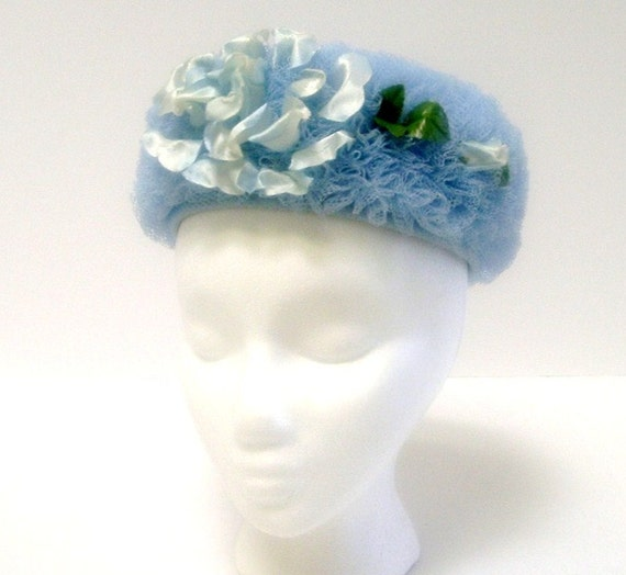 CLEARANCE--Vintage Ladies Blue Netted Pillbox Style Hat - Very Funky