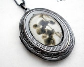 Heirloom Polaroid Locket - Antique Silver - Orchid Ghosts