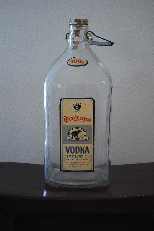Usps Return Label >> Vintage Glass Bottle Oso Negro Vodka Mexico Black Bear