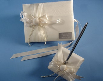 Personalized Beach Wedding Guest Book and Pen Set in White or Ivory with Seashells and Engraving