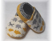 Yellow Hippos Baby Crib Shoes Booties