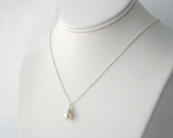 Ivory Pearl Bridal Necklace, Sterling Pearl Necklace, Simple Pearl Necklace, Bridesmaid Gift, Cream Pearl, Bridal Accessory, Handmade Bridal