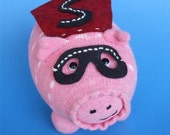 Suey, the Super Sock Pig To the Rescue